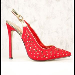 Gorgeous red studded suede pointy pump new